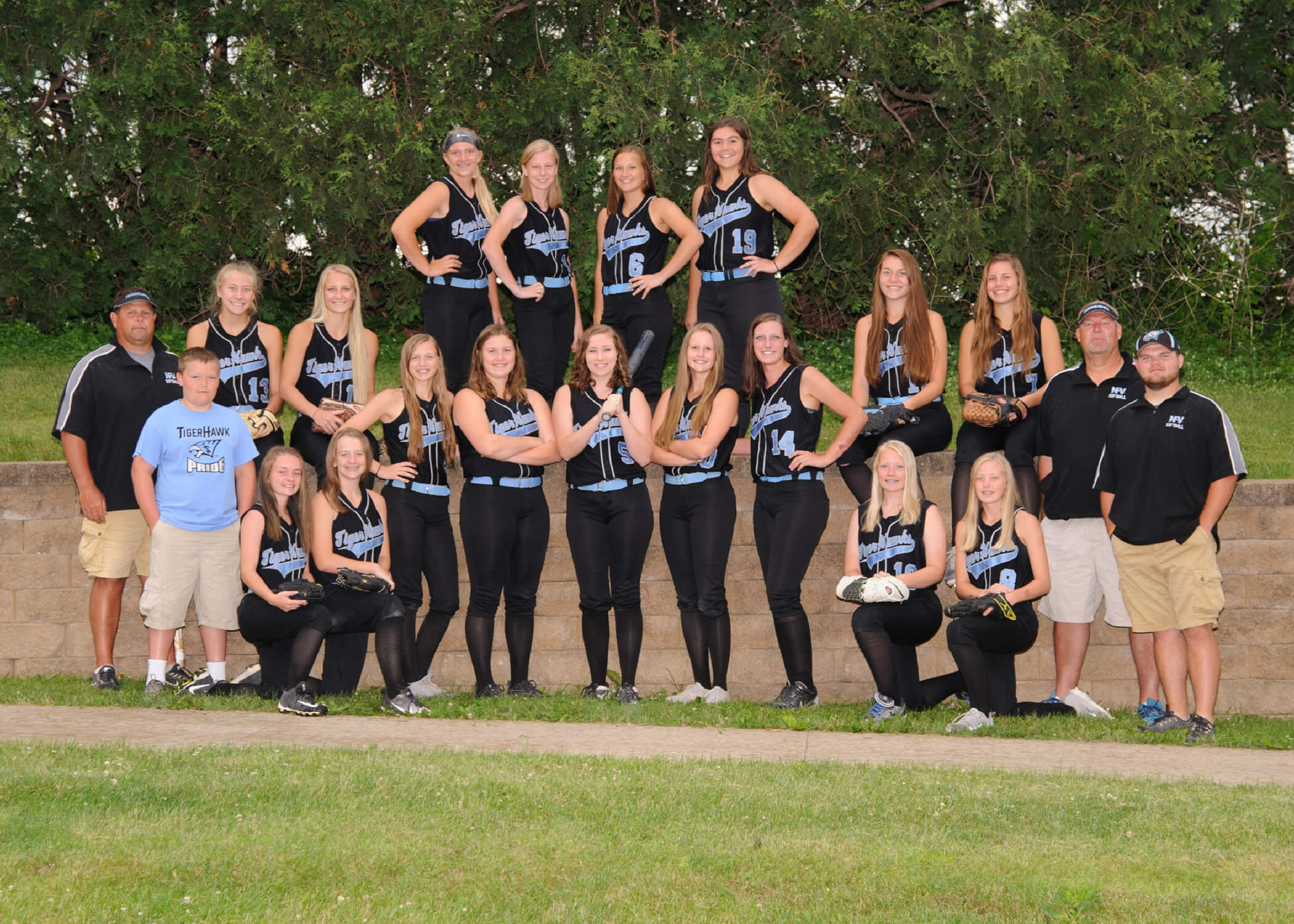 NFV High School Softball 2018 Varsity Team Photograph